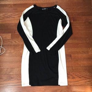CLOSET CLOSING Black and white dress